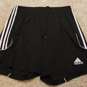 Baggy Adidas basketball shorts